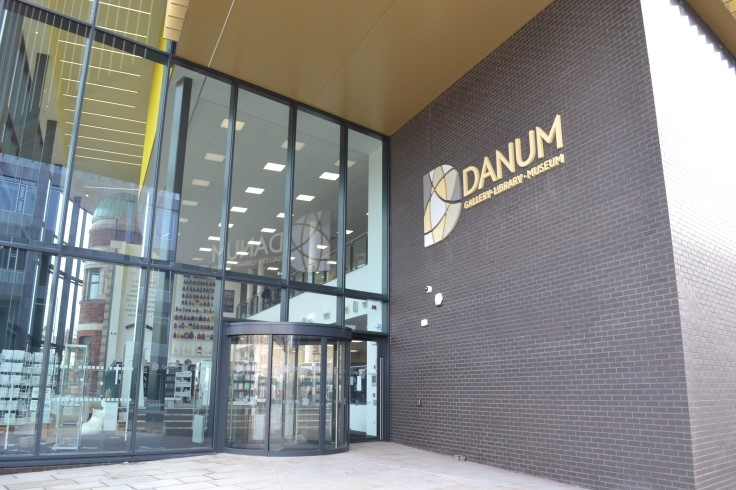 Danum Gallery, Library and Museum entrance web