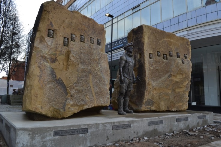 Doncaster's mining statue1 web