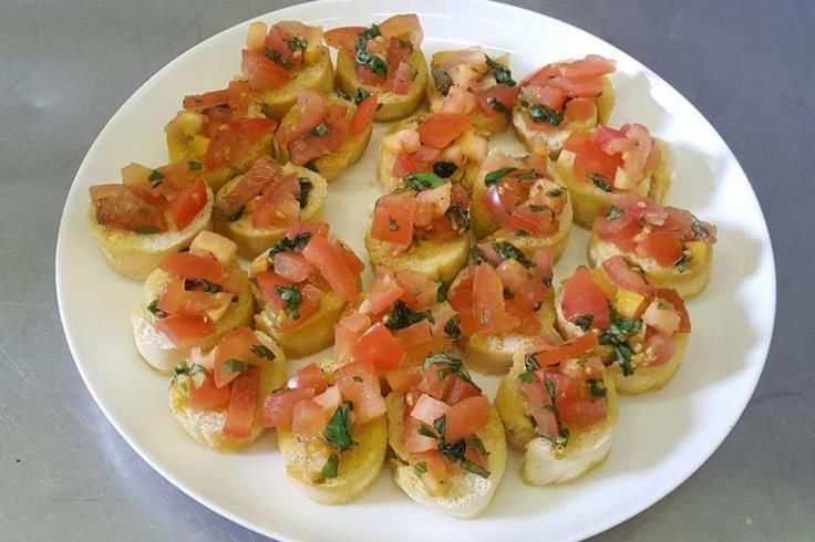 tomato bruschetta canapes