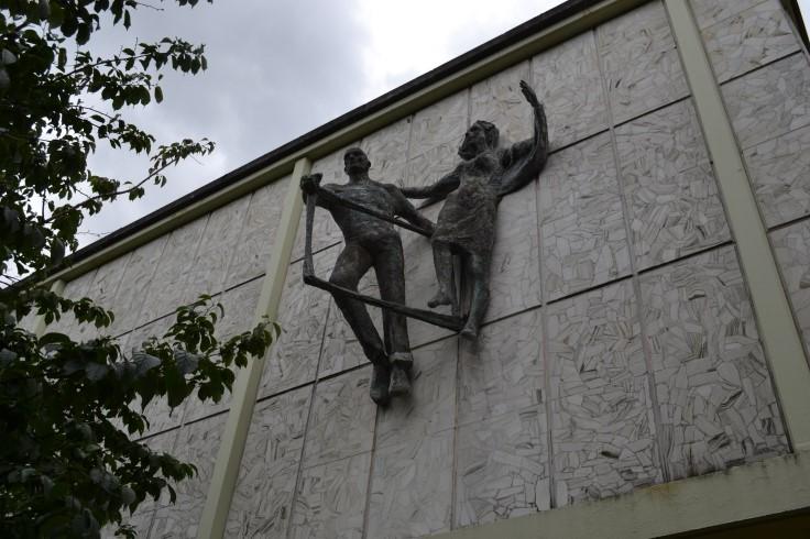 Sculpture by Fabio Barraclough