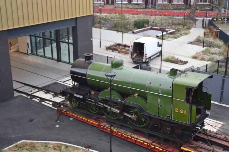No 251 Locomotive arrives at Doncaster