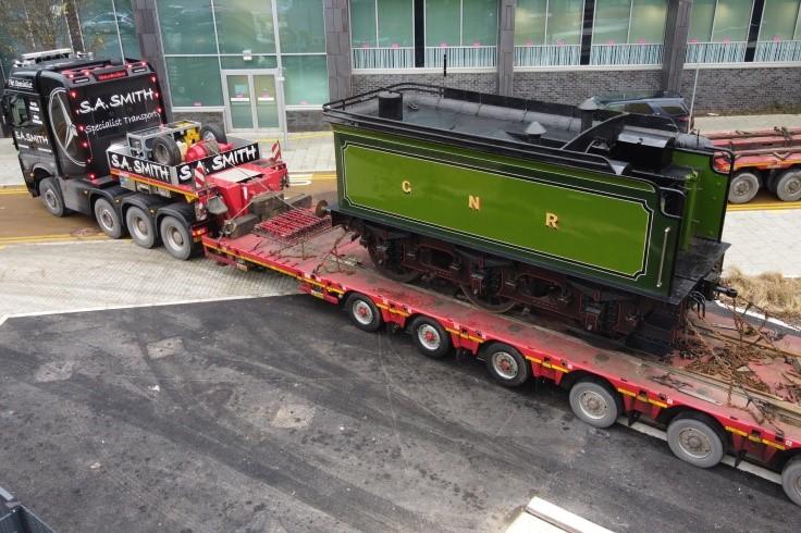 No 251 tender arriving at Doncaster web