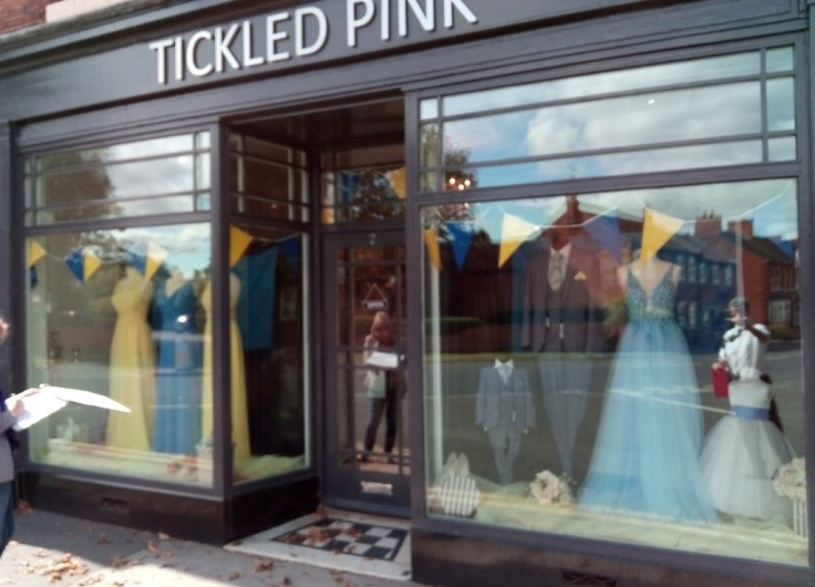 Tickled Pink - Runner Up Best Dressed Window along the route