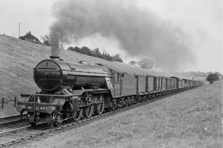 V2 class 2-6-2 locomotive number 4771 Green Arrow near Potters Bar in 1937 Credit National Railway Museum web size jpg