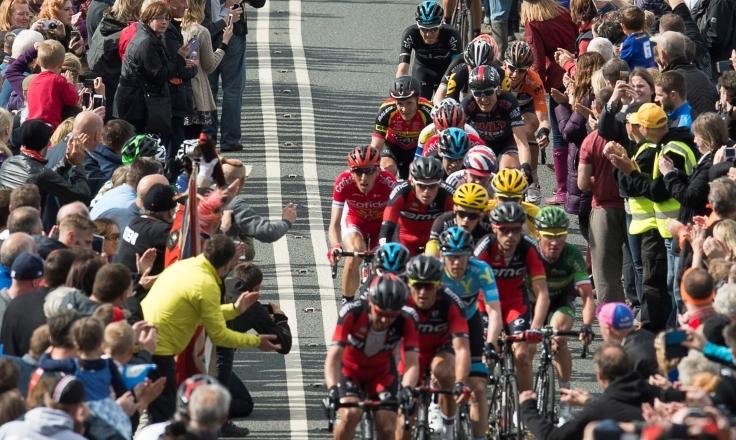 Tour de Yorkshire crowds