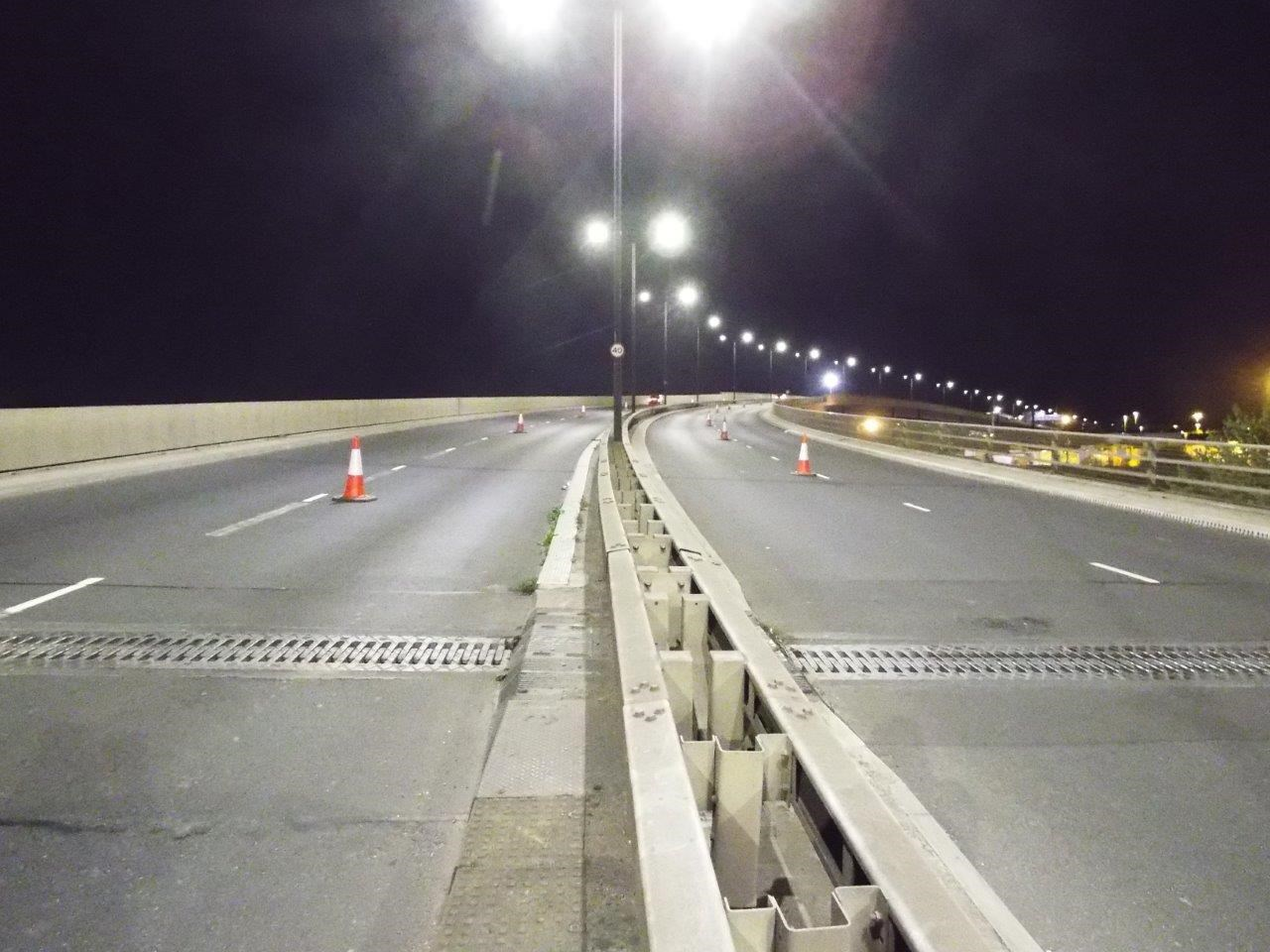 The joints of St. George's Bridge at night.