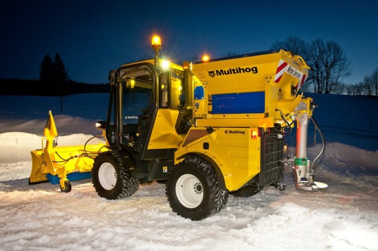 Gritter at work
